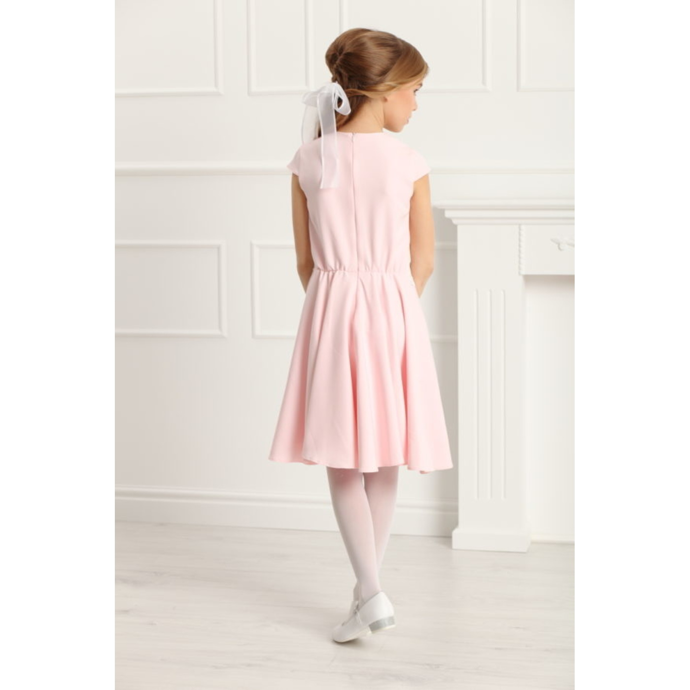 e5b7e7a6b2 ... Sukienka pokomunijna z koronką Barbi Róż