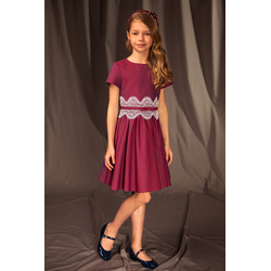 Rozkloszowana sukienka dla dziewczynki 17C/J/19, z koronką, elegancka, bordowa, sklep