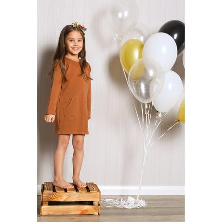 Sukienka dresowa z kieszeniami dla dziewczynki cynamon, komfortowa do zabawy, mięciutka, sklep e-zygzak.pl