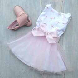 Sukienka dziewczęca z flamingami Besta Plus