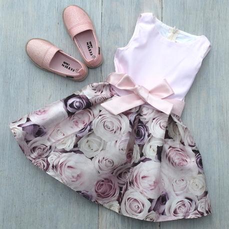Elegancka sukienka w różyczki BESTA PLUS